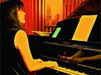 竹内直子 Naoko Takeuchi Pianist / Song Writer